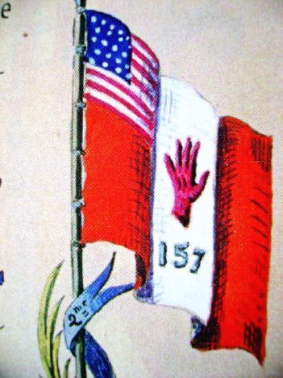 Fanion de la 157ième Red Hand Division : Détail  Livre de famille du géneral Mariano Goybet commandant de cette division qui comprenait les 371st et 372 nd  African American regiment