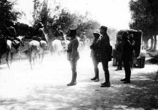 Défilé des troupes du général Goybet avant l'entrée à Damas 25 Juillet 1920