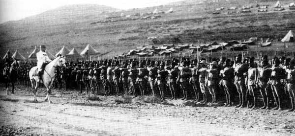 Général Goybet et ses troupes à Meizeloun