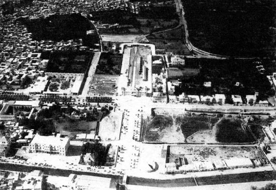 Vue aérienne de la gare du Hedjaz a Damas